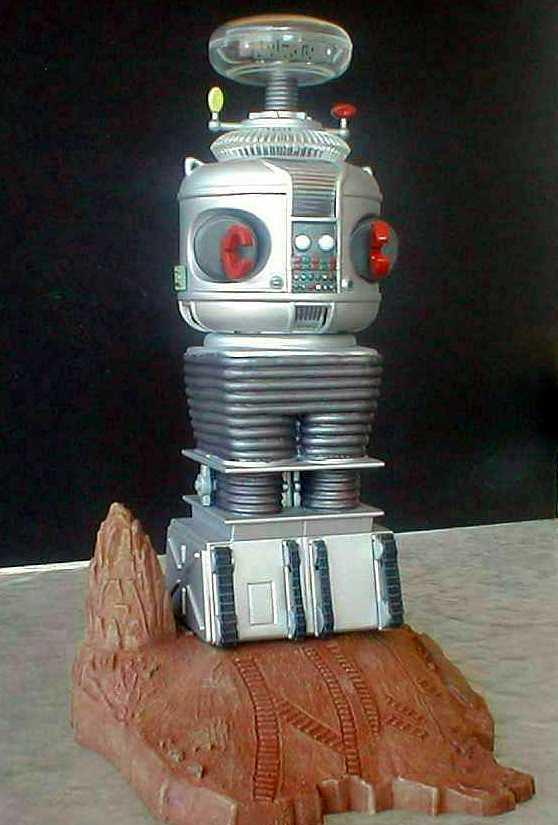 lost-in-space-b9-robot-model-kit-by-polar-lights-5030-.jpg